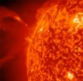 Video: Mặt trời giải phóng vật chất