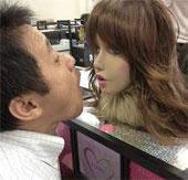 Nhật Bản phát triển robot giúp phát hiện hôi miệng, hôi chân