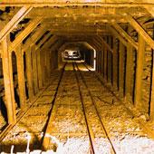 Nga chế tạo siêu điện thoại trong hầm mỏ
