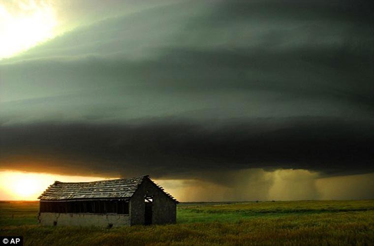 Cận cảnh những đám mây khiến con người bạt vía