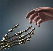 Quan hệ phức tạp giữa người và robot