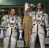 Phi hành đoàn mới lên ISS
