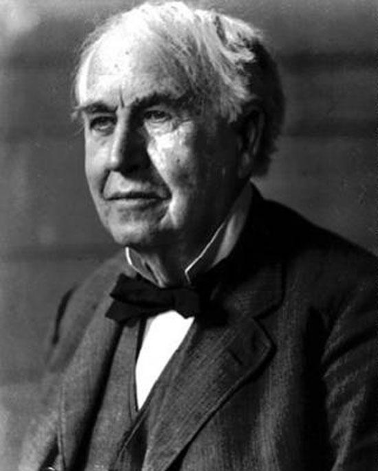 """Tạp chí Life đã đưa Edison vào danh sách """"100 người quan trọng nhất trong 1.000 năm qua"""" với ghi chú: Bóng đèn của ông đã chiếu sáng thế giới."""