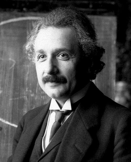Albert Einstein năm 1921