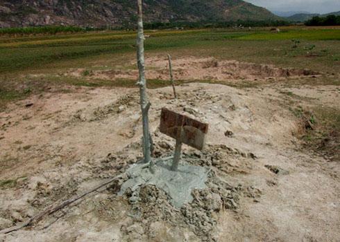 Bùn phun trào ở Ninh Thuận là tai biến địa chất