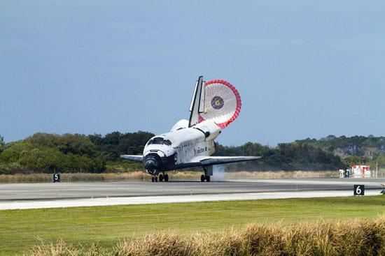 Năm 2011, chương trình tàu con thoi Endeavour thực hiện chuyến bay cuối cùng