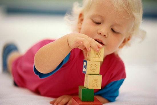 Trẻ có nhiều đồ chơi sẽ khỏe mạnh hơn
