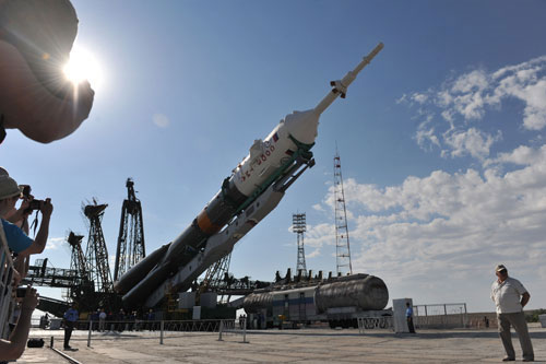 Tàu vũ trụ Soyuz chuẩn bị cất cánh