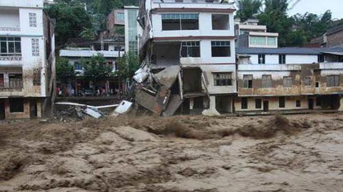 Trung Quốc: Lũ lụt, 54 người chết