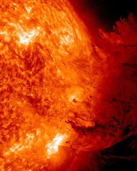 Vụ nổ lớn xảy ra trên mặt trời vào ngày 7/6