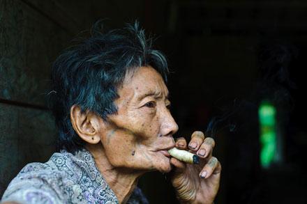 Cách thức ức chế sự thèm ăn của chất nicotine
