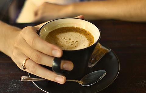 Thông minh, xinh đẹp hơn nhờ cà phê
