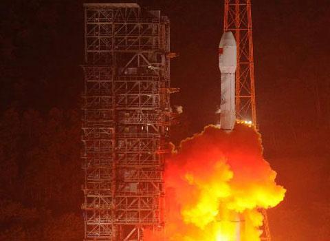 Trung Quốc phóng vệ tinh thông tin
