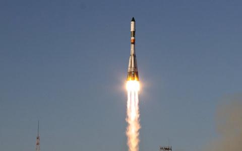 Nga phóng vệ tinh do thám