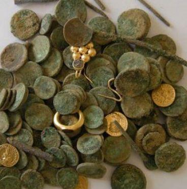 Khai quật kho vàng 2000 năm tuổi