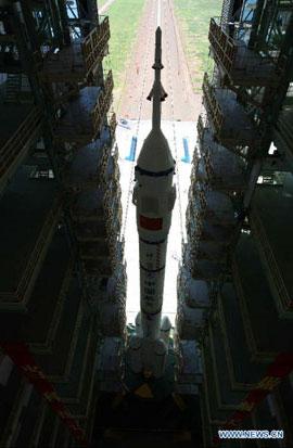 Năm 2008, Trung Quốc đã thực hiện chuyến bay đầu tiên đưa người vào quỹ đạo trái đất.