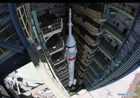 """Trước Thần Châu 9, Thần Châu 8 đã thực hiện """"nụ hôn vũ trụ"""" với Thiên Cung 1 vào tháng 11 năm ngoái."""