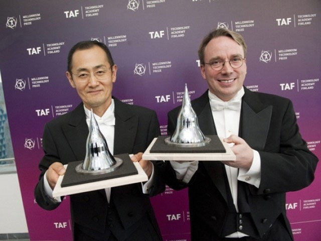 Shinya Yamanaka và Linus Torvalds