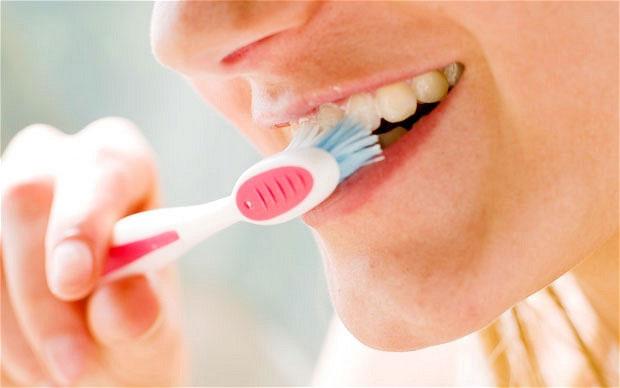 Mắc ung thư vì lười đánh răng