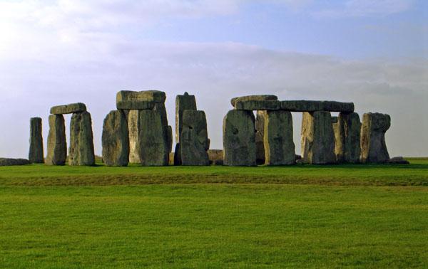 Lời giải cho những bí ẩn của bãi đá cổ Stonehenge