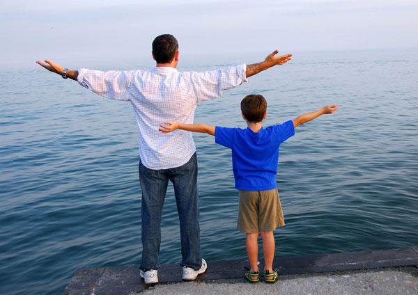 Trí tuệ của bố quan trọng hơn tài sản