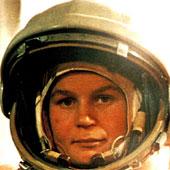 Tiết lộ về những người đẹp Nga đầu tiên chinh phục vũ trụ
