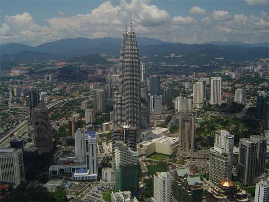 Khói bụi từ Indonesia che phủ thành phố của Malaysia