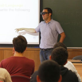 Kính thực tế ảo giúp tương tác trong lớp học