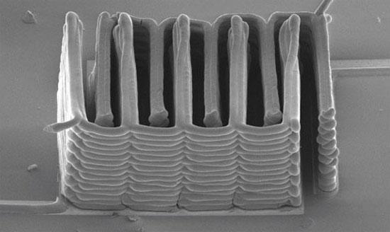 Máy in 3D tạo ra pin siêu nhỏ nhưng có mật độ năng lượng dày đặc
