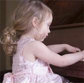 Cha mẹ muốn thực hiện ước mơ qua con cái