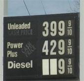 Tranh cãi nảy lửa về xăng pha ethanol