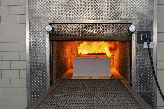 Giai đoạn đốt cháy kéo dài từ 2-3 giờ ở nhiệt độ là 800 -1200 độ C.