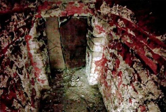 Hình ảnh bên trong ngôi mộ cổ Maya