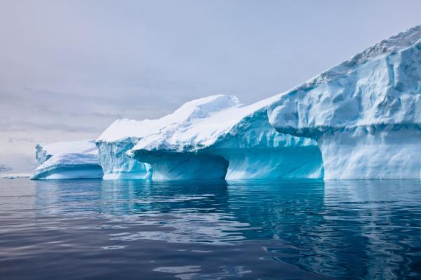 """Trái Đất """"béo bụng"""" do biến đổi khí hậu"""