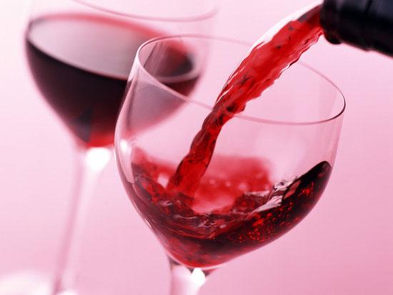 Rượu vang đỏ tốt cho người lười vận động