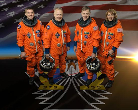 Video tàu Atlantis tách khỏi trạm ISS