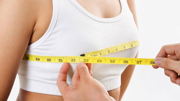 Tìm ra 7 gene quy định kích cỡ vòng một phụ nữ