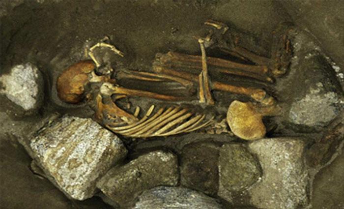 """Bí ẩn xác ướp """"Frankenstein"""" 3.000 tuổi tại Scotland"""