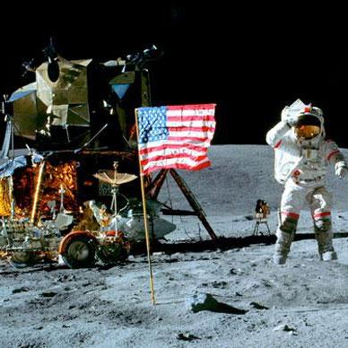 Bụi mặt trăng chứa đầy phóng xạ