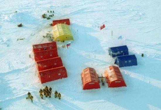 Nga di dời khẩn cấp trạm nghiên cứu Bắc Cực