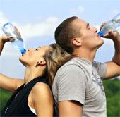 Uống nước giúp minh mẫn hơn