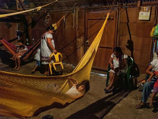 Cuộc sống của người dân Maya hiện đại không khác gì lắm so với tổ tiên xa xưa.