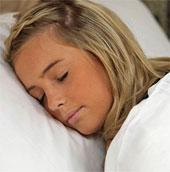 """Kỳ lạ hội chứng """"người đẹp ngủ"""" Kleine-Levin"""