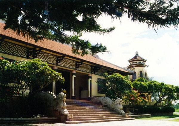Phát hiện phế tích kiến trúc Phật giáo thời Trần