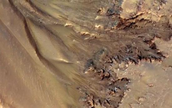 Video: Phát hiện các dấu hiệu nước chảy trên sao Hỏa