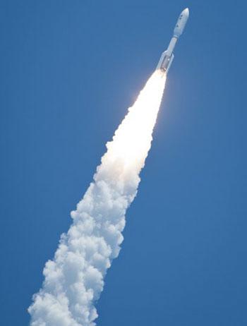 Juno sẽ tới sát sao Mộc hơn mọi phi thuyền trước đây của NASA. (Ảnh: AP)