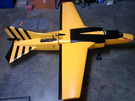 Tấn công mạng bằng máy bay tự chế