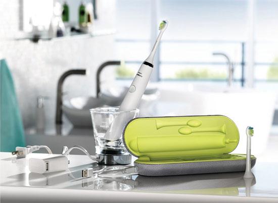 Bàn chải đánh răng tự động sạc pin từ laptop