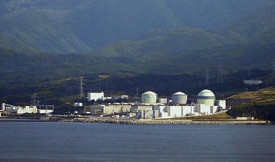 Nhật tái khởi động điện hạt nhân sau sóng thần