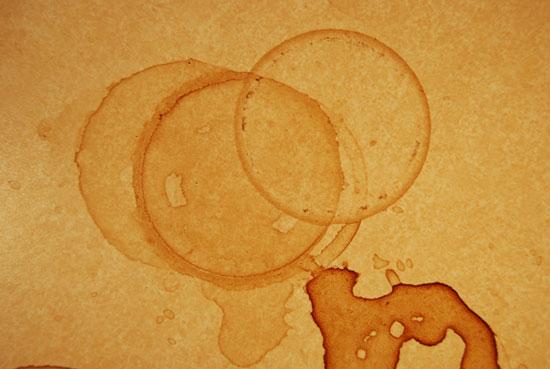 Vết ố cà phê: Hiện tượng vật lý thú vị